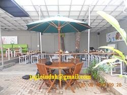Set Meja Payung Cafe untuk Abuba Steak Bintaro