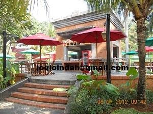 Set Meja Payung Cafe di Columbus Fried Chicken Dufan Taman Impian Ancol Jakarta