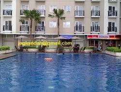 Meja Payung untuk di Kolam Renang Tower B  Apartemen Puri Parkview Meruya Jakarta Barat
