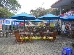 Set Meja Payung Cafe untuk Indomaret Point di Jakarta Fair Kemayoran Jakarta