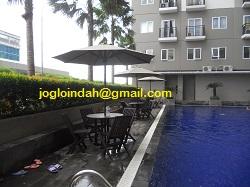 Meja Payung untuk Kolam Renang Apartemen Sunter Parkview Jakarta Utara