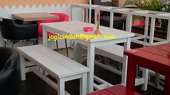 Set Meja Makan untuk area outdoor Resto Sweet Hut Mall Cipinang Indah Jakarta Timur