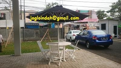 Set Meja Payung Taman untuk showroom mobil Auto Spot Sawah Baru,Ciputat